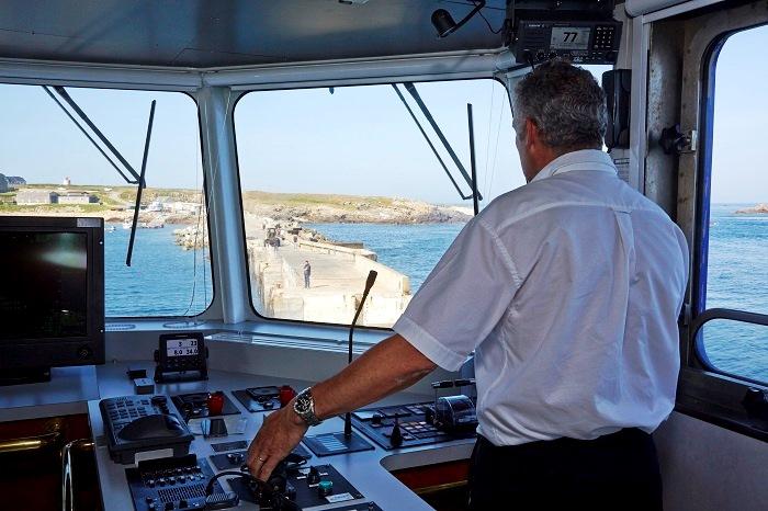 Navires - Fromveur passerelle - Hubert Taillard